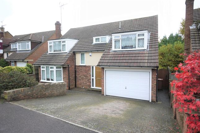 Thumbnail Property for sale in Homewood Avenue, Cuffley, Potters Bar