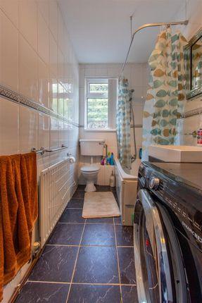 Bryngwyn Road Ds Bathroom (1)