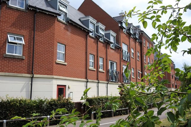 1 bed flat to rent in Thomas Benold Walk, Colchester, Essex CO2