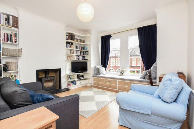 Thumbnail Flat for sale in Fieldhouse Road, London
