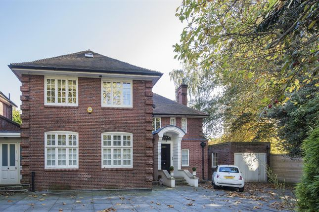 Thumbnail Property for sale in Heath Drive, Hampstead