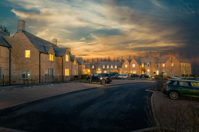 Thumbnail Flat for sale in Fosseway, Stow On The Wold, Cheltenham