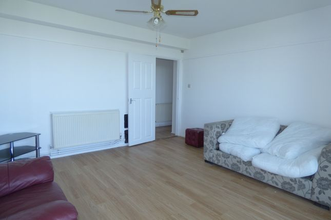 Thumbnail Flat to rent in Lewisham Park, Malling, London