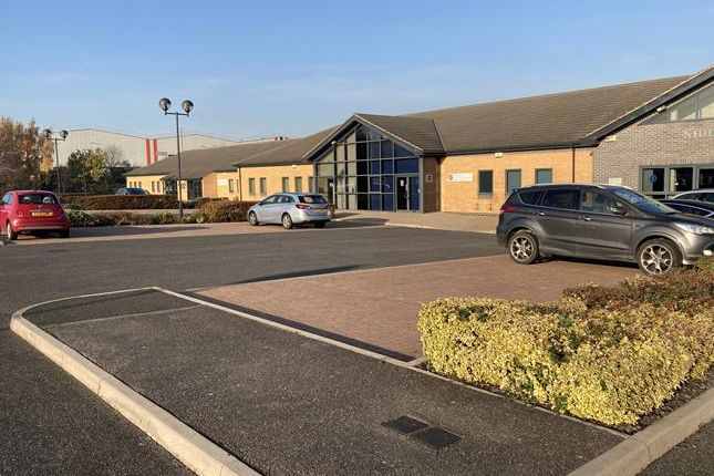 Thumbnail Office to let in Midd House, Richmond Business Park, Sidings Court, Doncaster