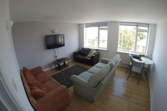 Thumbnail Flat to rent in Waterloo Road, Winton, Bournemouth