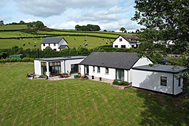 Thumbnail Bungalow for sale in Llechfaen, Brecon, Powys