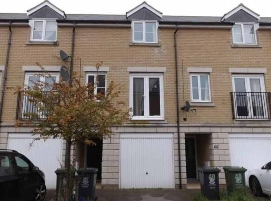 Thumbnail Terraced house to rent in Bright Close, Great Yarmouth, Norfolk