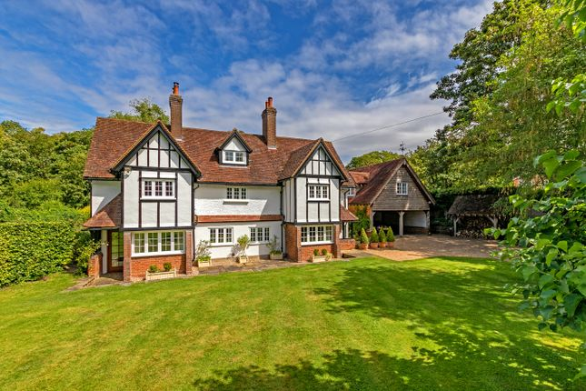 5 bed detached house for sale in Halton Village, Aylesbury HP22