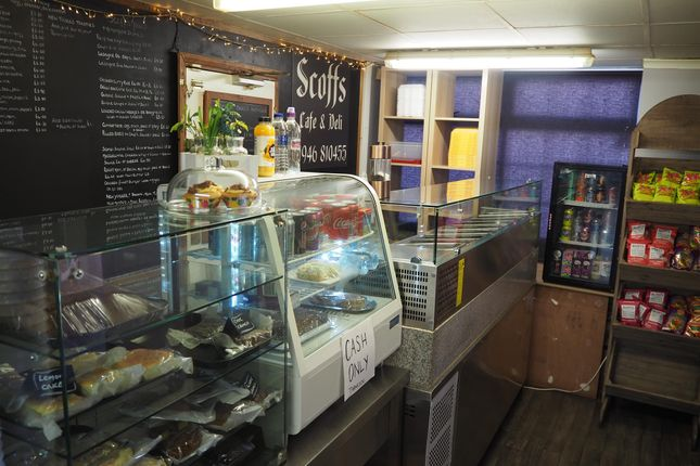Thumbnail Restaurant/cafe for sale in Cafe & Sandwich Bars CA25, Cumbria