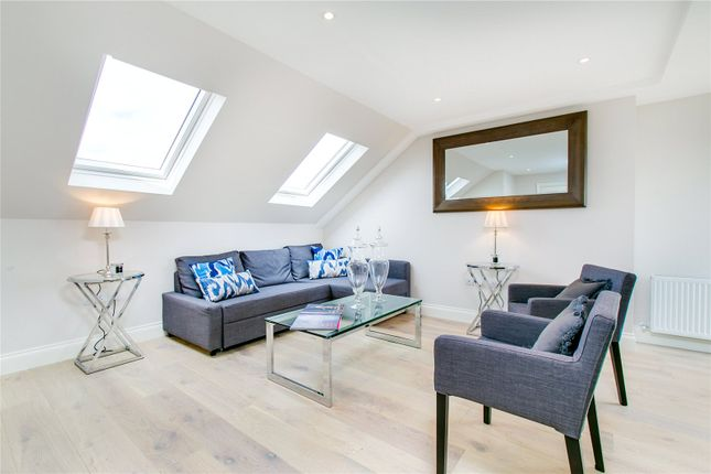 Flat to rent in Connaught Mews, Vera Road, London