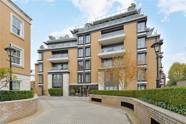 Thumbnail Flat for sale in Wycombe Square, London