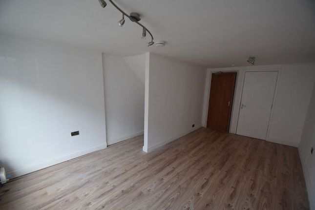 2 bed terraced house to rent in Mount Pleasant, Batchley, Redditch B97