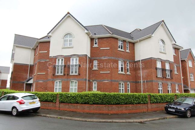 Thumbnail Flat to rent in Cromwell Avenue, Reddish, Stockport