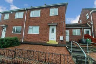 3 bed semi-detached house to rent in Walton Drive, Choppington NE62