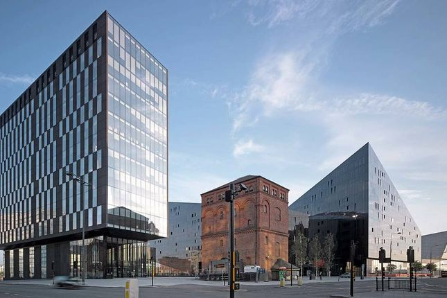 Office to let in Mann Island, Liverpool
