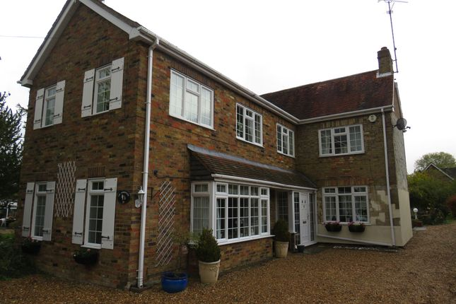 Thumbnail Detached house for sale in Totternhoe Road, Eaton Bray, Dunstable