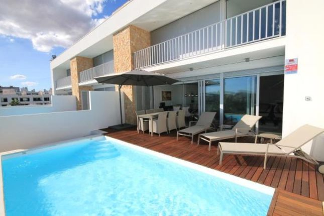 3 bed villa for sale in Albufeira, Albufeira, Central Algarve, Portugal