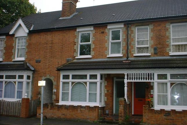 1 bed flat to rent in College Road, Guildford