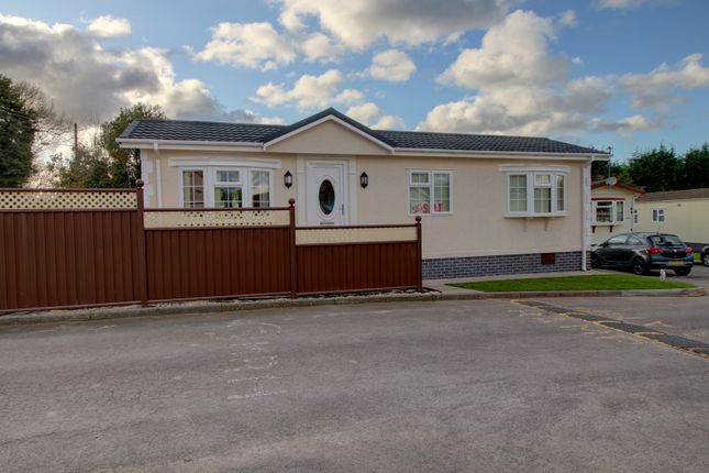 Thumbnail Mobile/park home for sale in Harrows Mobile Home Park, School Lane, Coven, Wolverhampton