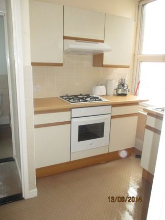 Thumbnail Maisonette to rent in St Pauls Road, Southsea