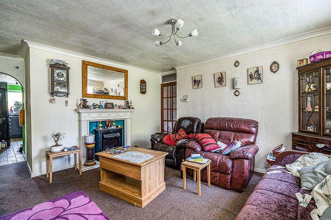 Lounge 2 of Upper Church Lane, Tipton, West Midlands DY4