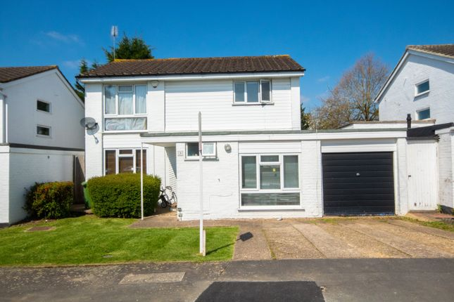 4 bed detached house for sale in Ferndown Close, Pinner, Middlesex HA5