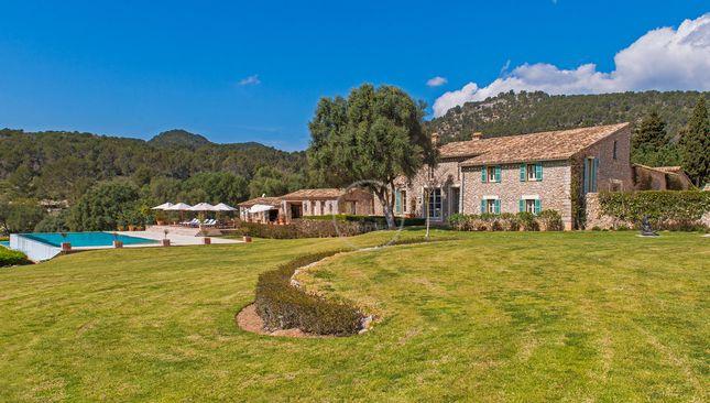 Thumbnail Villa for sale in 07184, Calvià, Spain