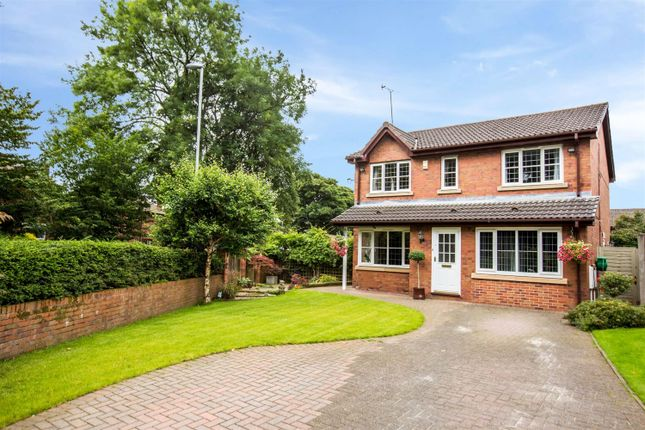 Thumbnail Detached house for sale in Kinders Fold, Shore