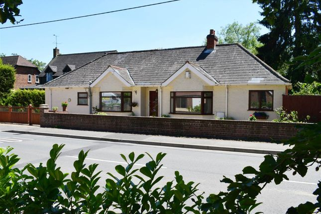 4 bed bungalow for sale in Newbury Road, Hermitage, Thatcham