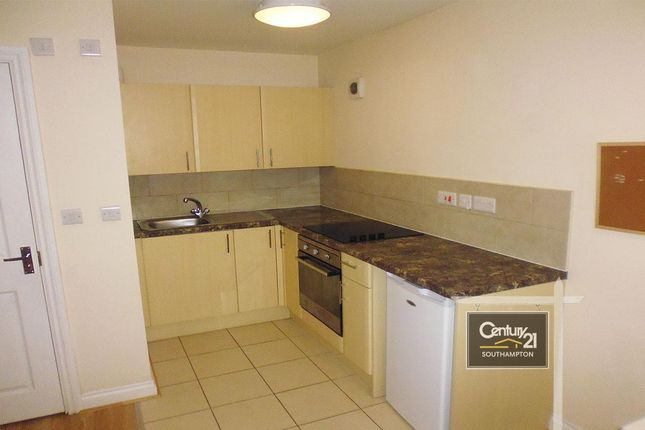 1 bed flat to rent in Flat 48, Bevois Valley Road, Southampton