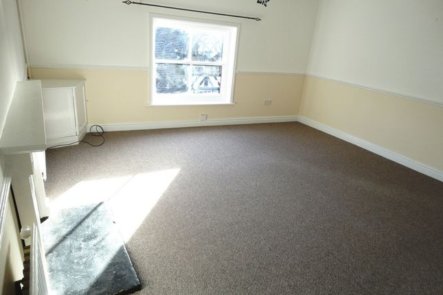 Thumbnail Flat to rent in High Street, Cheadle, Stoke-On-Trent