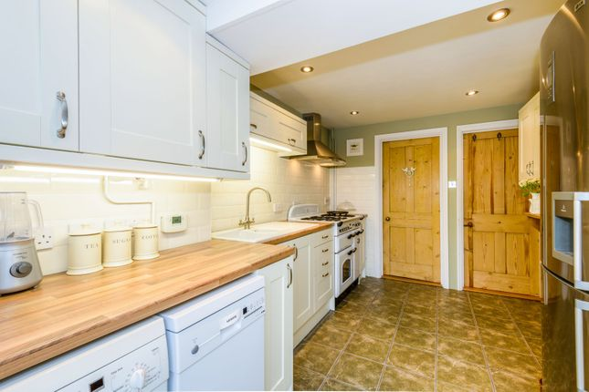 Kitchen 2 of Clarence Road, Sudbury CO10
