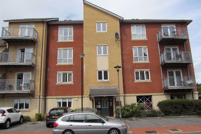 Thumbnail Flat to rent in Ty'r Sianel, Barry, Vale Of Glamorgan