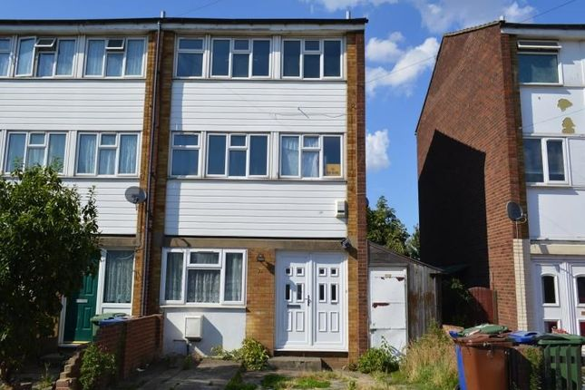 Thumbnail Terraced house to rent in Leicester Road, Tilbury