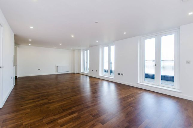 Thumbnail Flat to rent in Wharf Street, Deptford