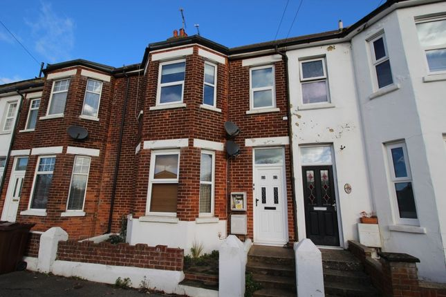 Thumbnail Flat to rent in Station Road, Polegate