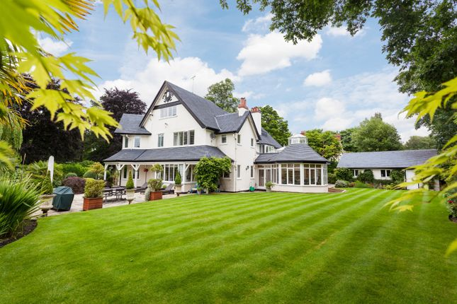 Thumbnail Detached house for sale in Park Avenue, Hale, Altrincham