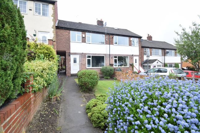3 bed town house to rent in Calder View, Crigglestone, Wakefield WF4