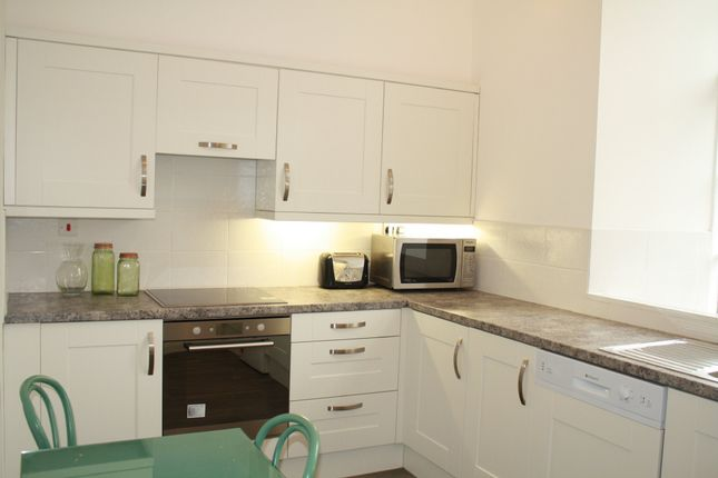 Thumbnail Flat to rent in Bennett Crescent, Cowley, Oxford