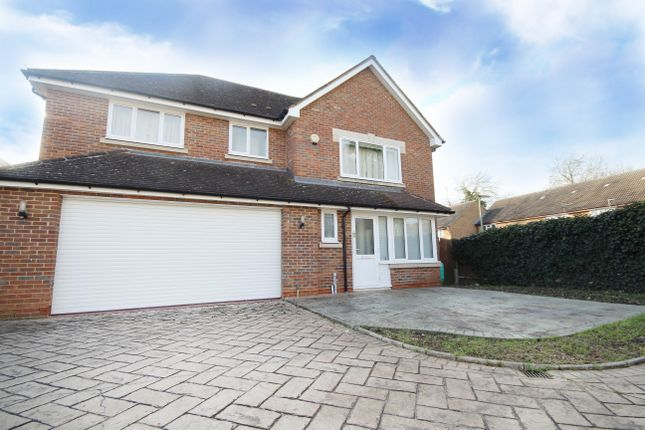 Thumbnail Detached house for sale in Manor Park, Staines