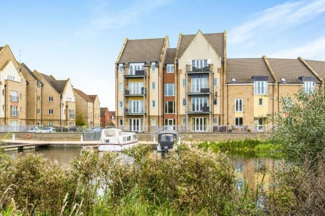 Thumbnail Flat for sale in Wren Walk, Eynesbury, St. Neots, Cambridgeshire