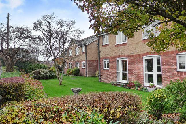 Communal Garden of Silverwood Court, Wakehurst Place, Rustington BN16