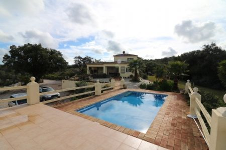 Image 7 4 Bedroom Villa - Central Algarve, Santa Barbara De Nexe (Jv10124)