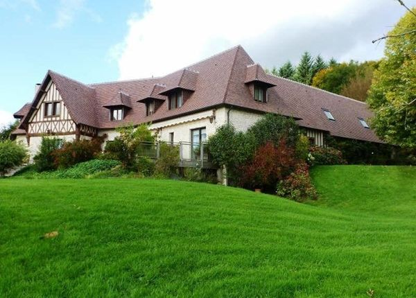 Thumbnail Property for sale in 14800, Deauville, Fr
