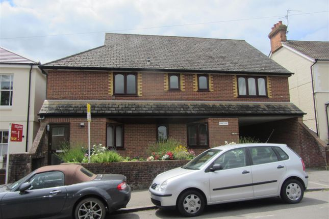 Thumbnail Flat to rent in Dorset Road, Tunbridge Wells