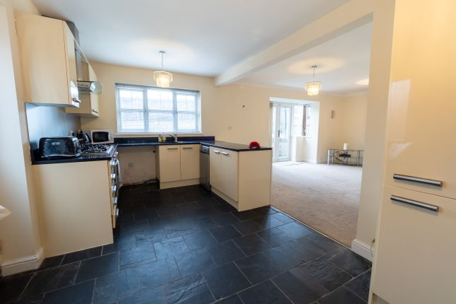 Thumbnail Detached house to rent in Beaumont Way, Darwen