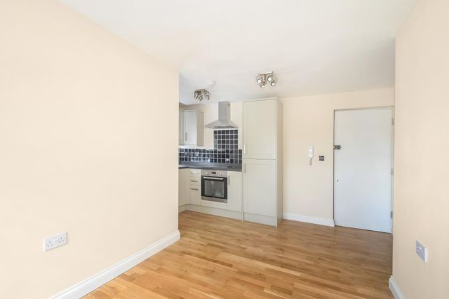 1 bed flat to rent in Didcot, Oxfordshire