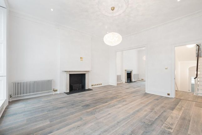 Thumbnail Terraced house to rent in Connaught Square, London