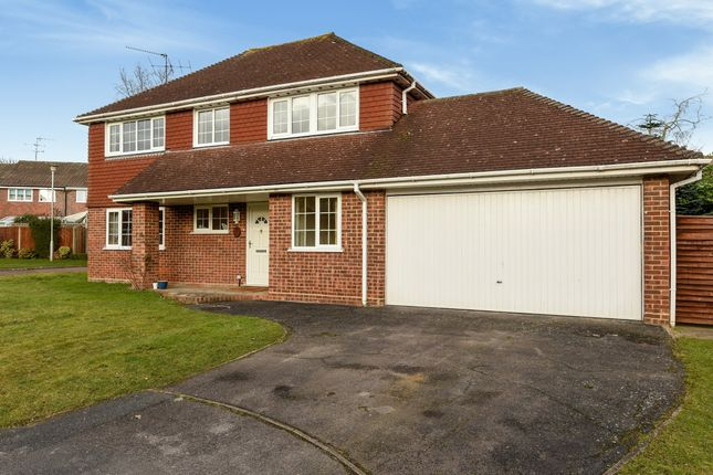 Thumbnail Detached house to rent in Emery Down Close, Bracknell