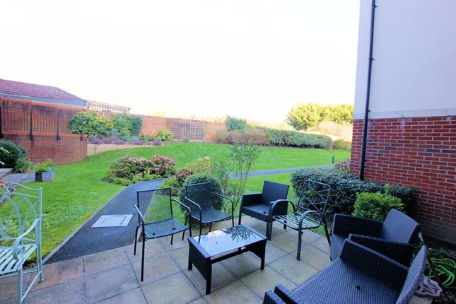 Communal Patio of Faregrove Court, Grove Road, Fareham PO16